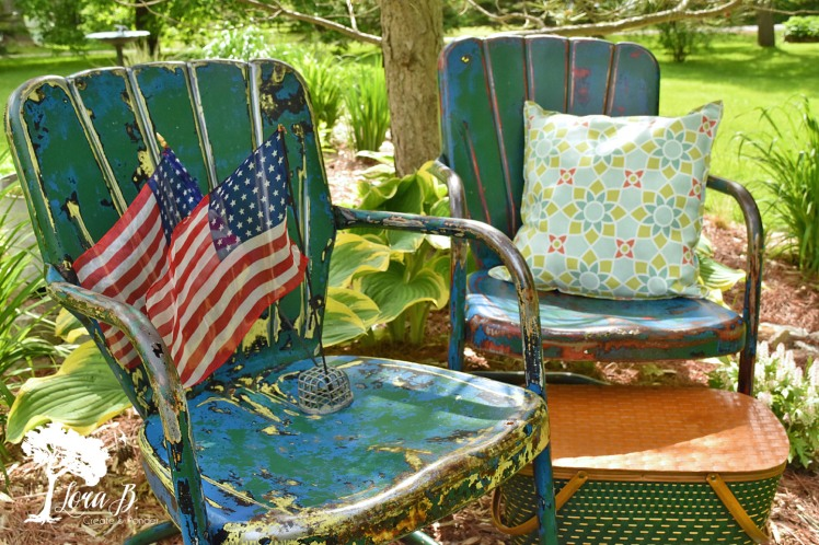 vintage blue lawn chairs