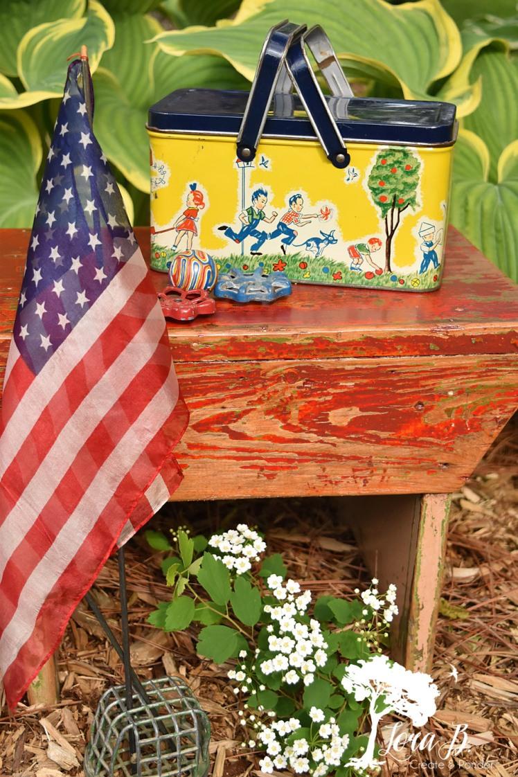 vintage chippy stool