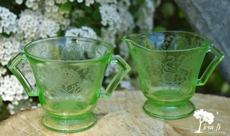 Green depression glass cream and sugar set