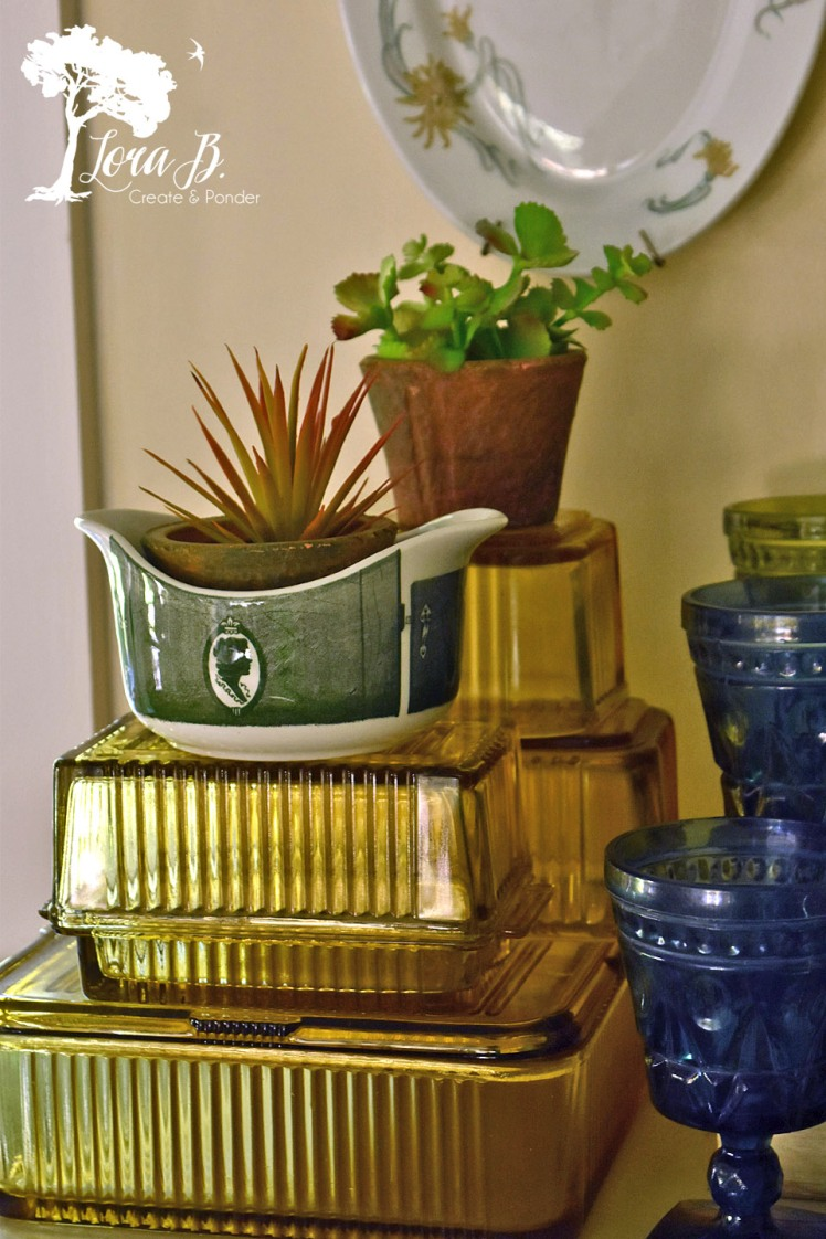 Gold refrigerator dishes