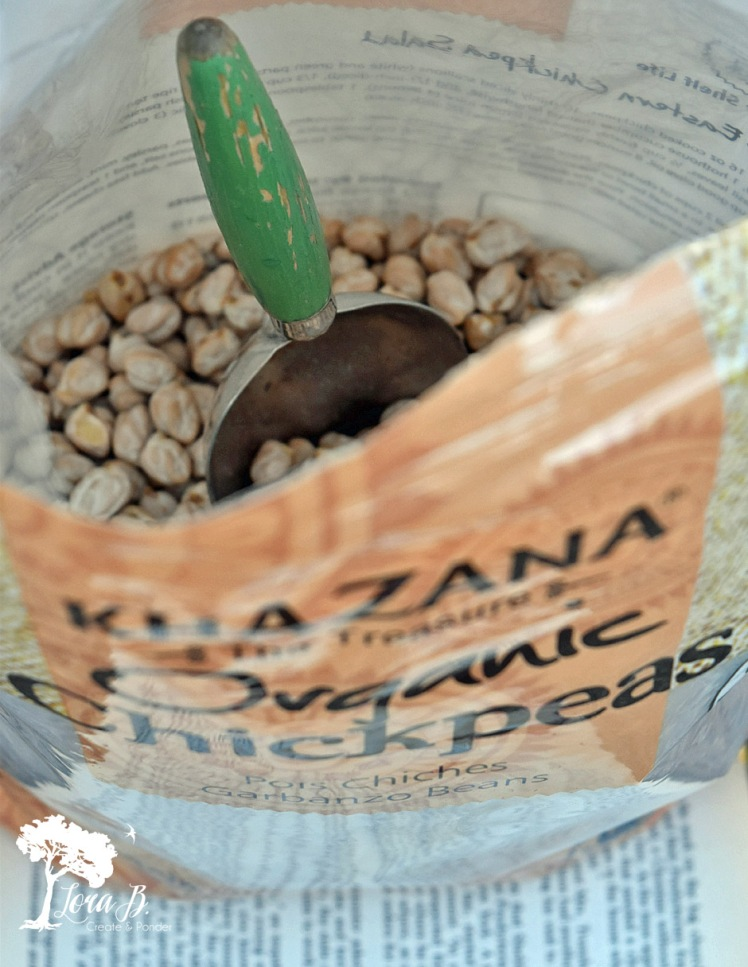 Chickpeas as weight for handcrafted items.