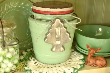Vintage jadeite for Christmas