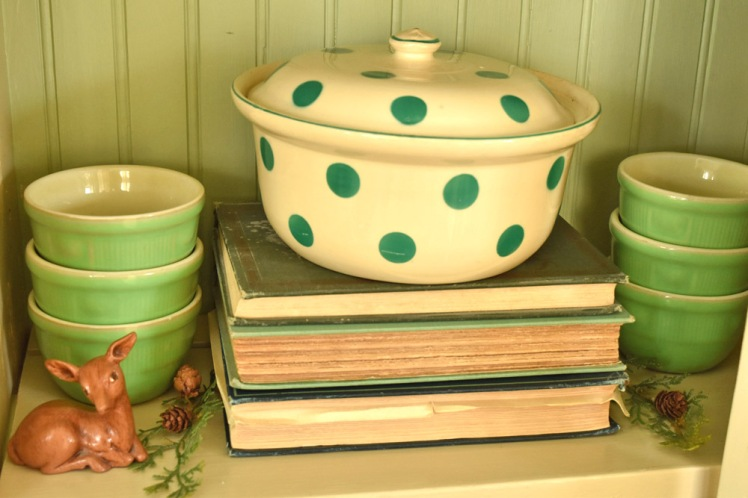 Antique green polka-dot casserole