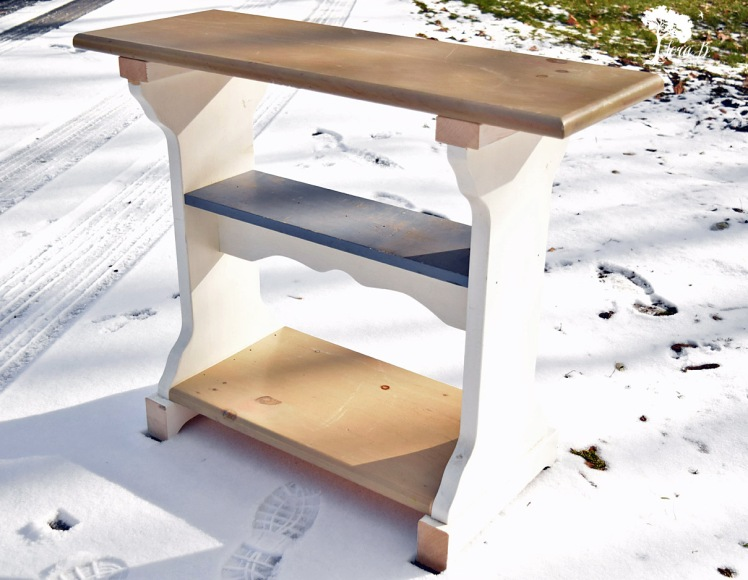 Roadside table reinvented
